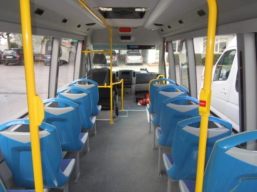 autobus-urbano-mercedes-sprinter-interni