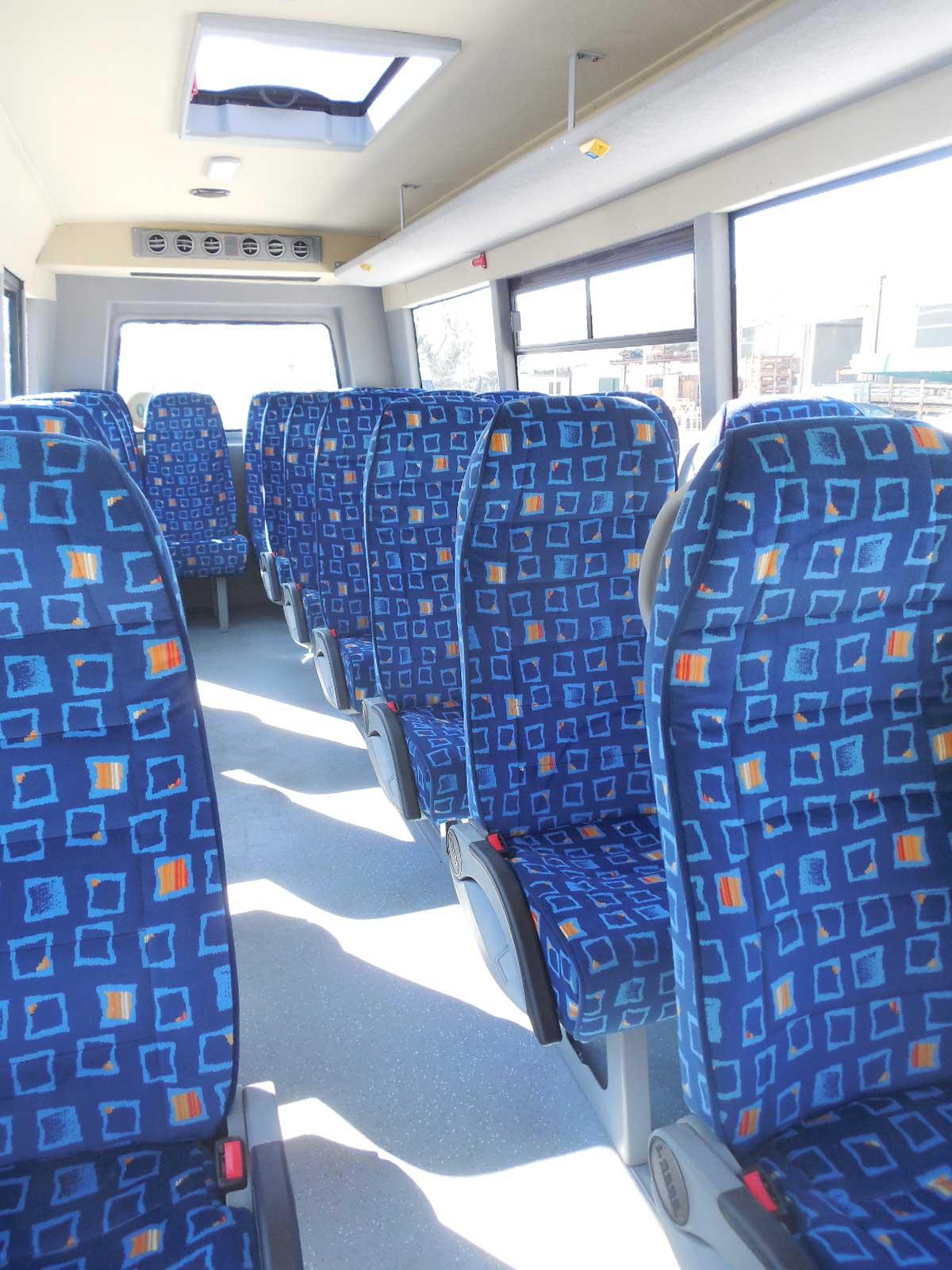 autobus-usato-isuzu-interni-2