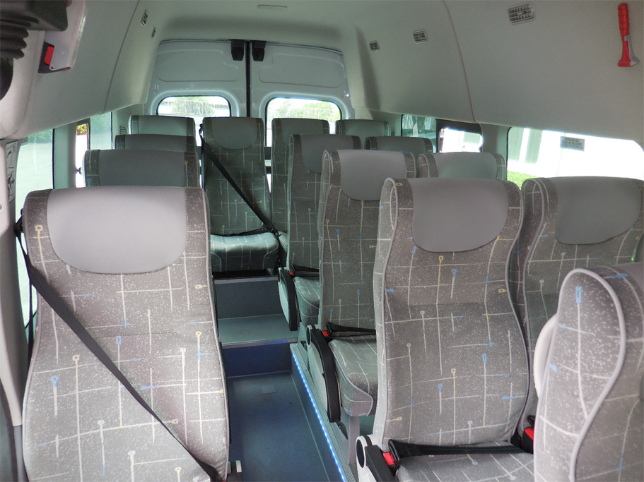 ford-transit-bus-carind_6