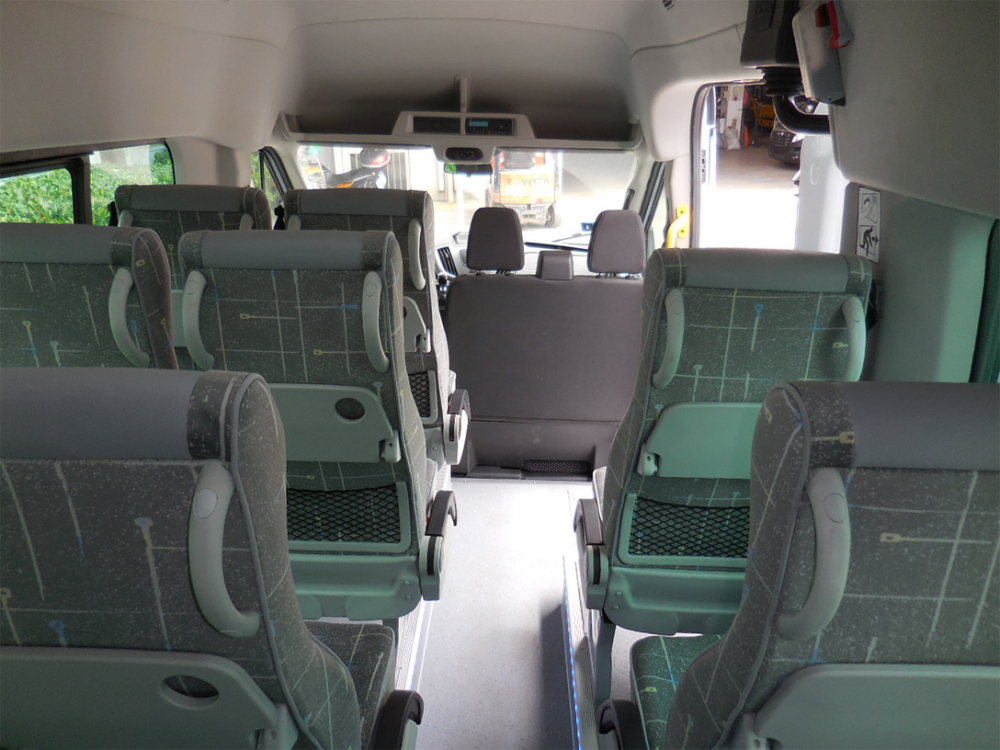 ford-transit-bus-carind_7