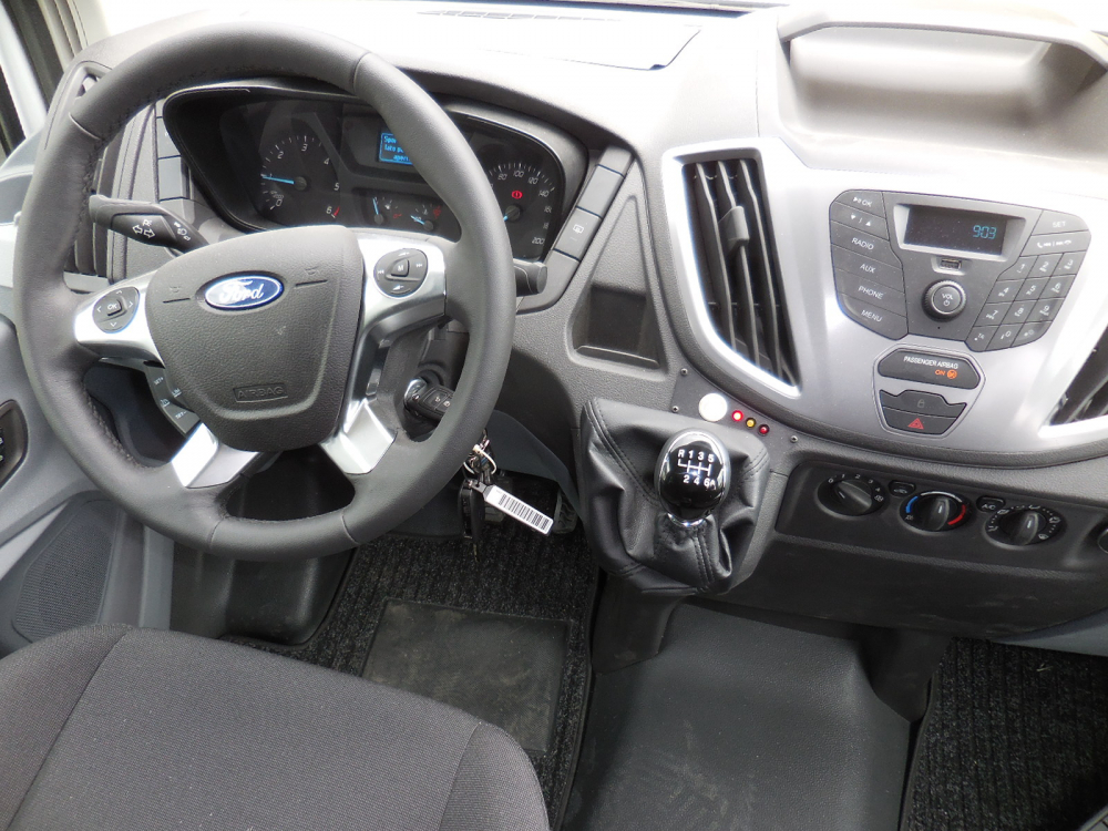 ford-transit-bus-carind_9
